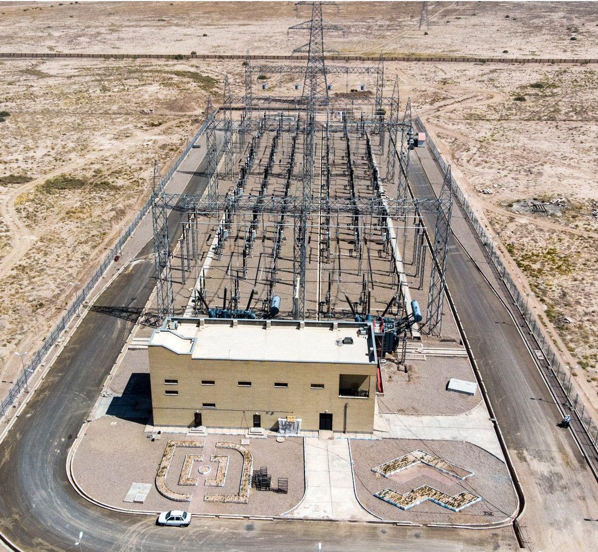 اتصال خط برق چهارکیلومتری فولاد قائنات به شبکه اصلی برق کشور