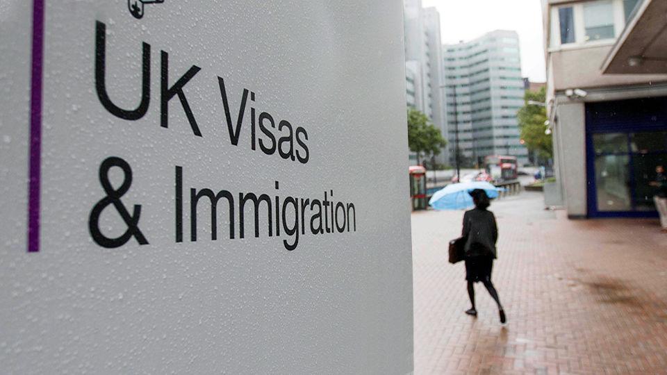 ویزای تحصیل در انگلستان (راهنمای مرحله به مرحله)