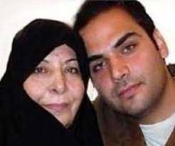 احسان علیخانی در کنار مادرش   بیوگرافی احسان علیخانی