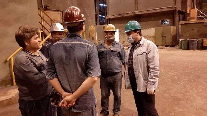 بازدید سرزده مدیرعامل فولاد خوزستان از واحدهای عملیاتی