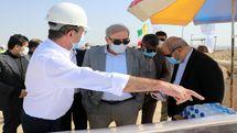مشاور رییس جمهوری از اسکله نفتی حرا قشم با ظرفیت تامین و صدور سالانه 14.5میلیون بشکه نفت بازدید کرد