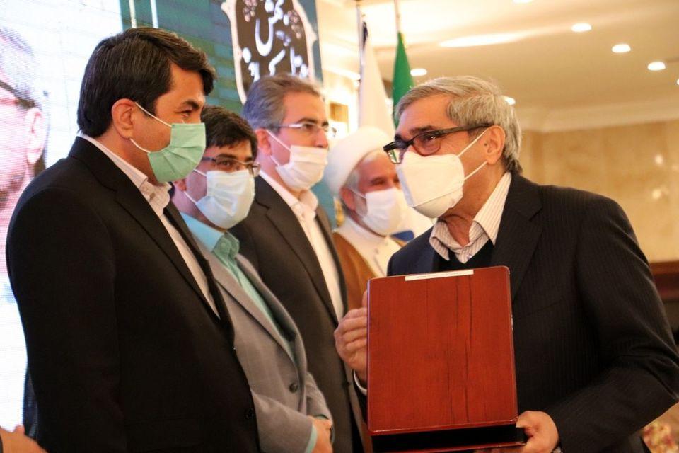 شرکت آهن و فولاد غدیر ایرانیان واحد نمونه صنعتی کشور