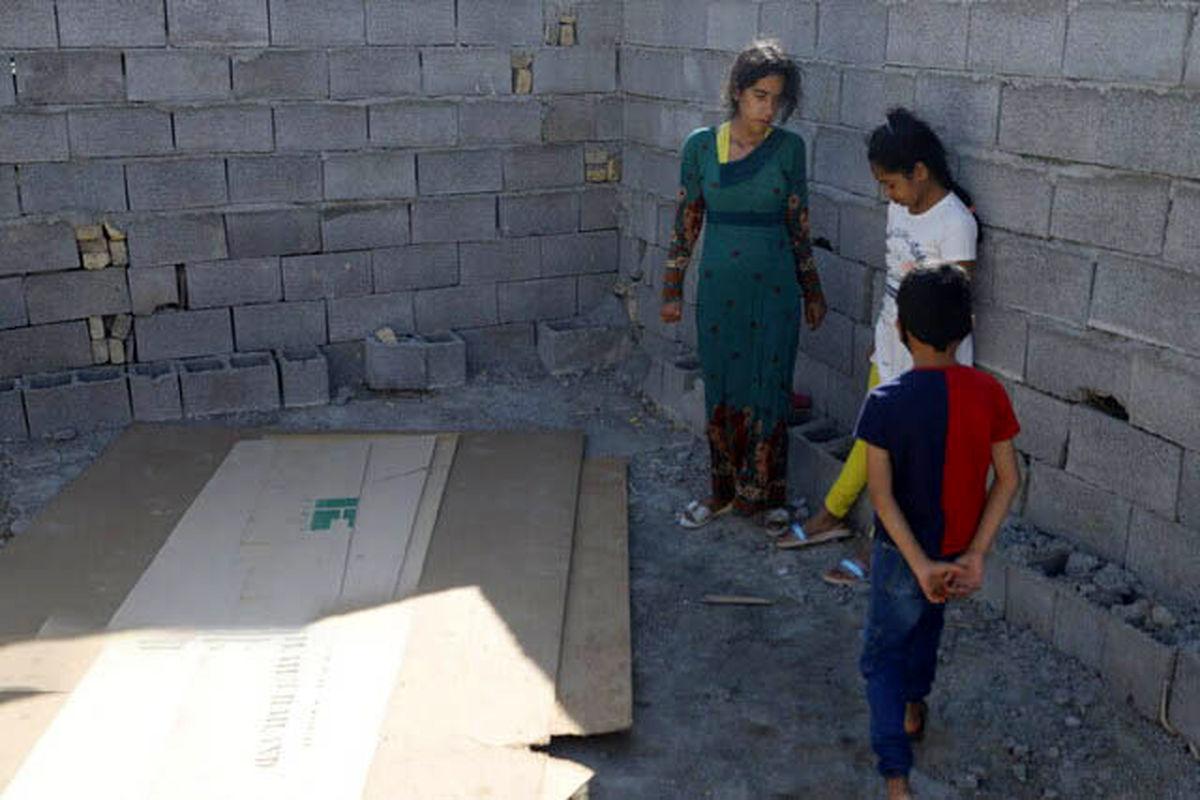 لحظه خودسوزی زن بندرعباسی بعد از تخریب خانه اش توسط شهرداری + فیلم و عکس