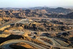 """پذیرش ۳۰۰هزار تن کلوخه سنگ آهن """"سنگان"""" در بورس کالا"""