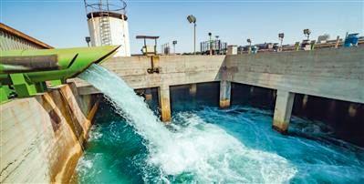 انتقال آب از خلیجفارس به اصفهان منجر به حذف برداشت صنایع از زایندهرود می شود