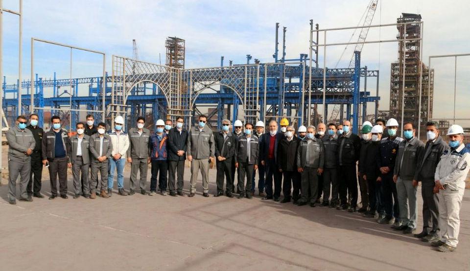 مدیرعامل و جمعی از اعضا هیئتمدیره شرکت از منطقه معدنی و صنعتی گلگهر بازدید کردند