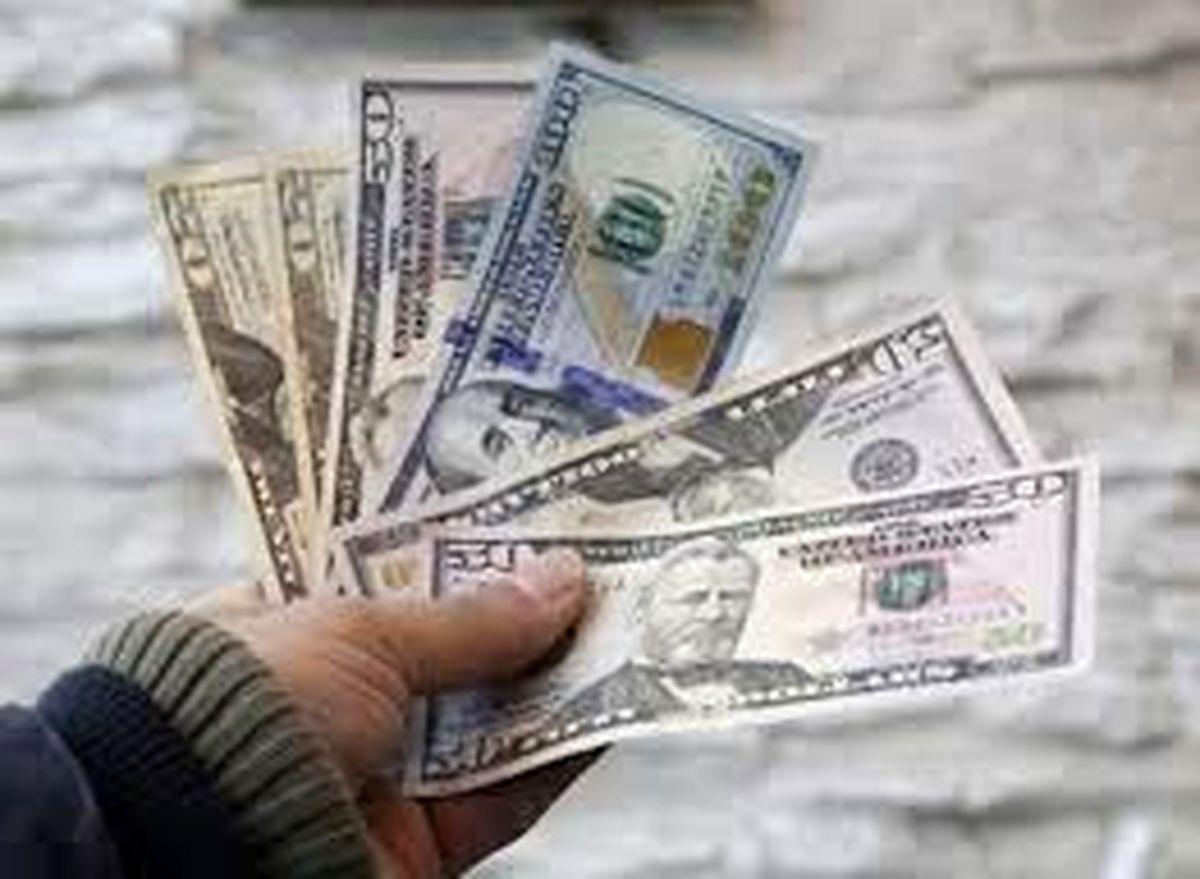 دلار گران شد | شنبه 26 مهر
